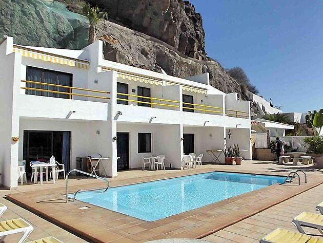 Apartment multiple units Puerto Rico - Properties Abroad Gran Canaria