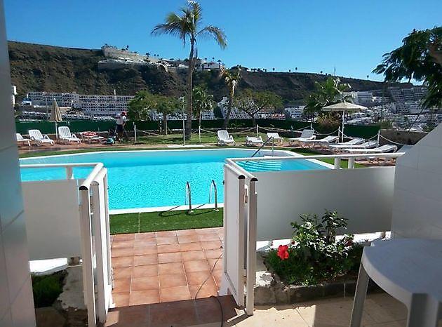 Apartment 1 bedroom pool side Puerto Rico - Properties Abroad Gran Canaria