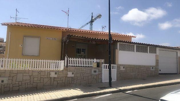Duplex Loma Dos Arguineguin - Properties Abroad Gran Canaria